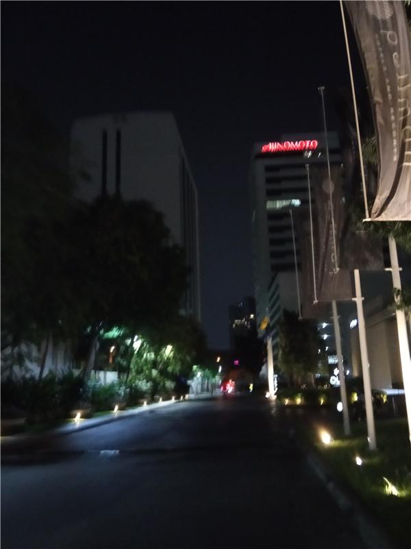 夜晚:行走,是一种生活